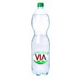 VIA lengvai gazuotas vanduo, 1.5 L
